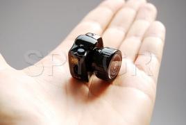 Μικροσκοπική φωτογραφική μηχανή