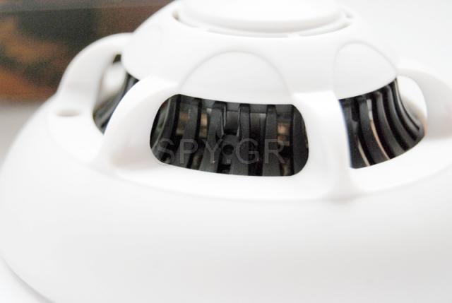 WiFi κάμερα μέσα σε ανιχνευτή καπνού