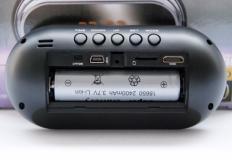Full HD κάμερα σε επιτραπέζιο ρολόι