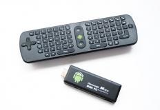 Μίνι ασύρματο πληκτρολόγιο + Μίνι PC TV μίνι Η/Υ