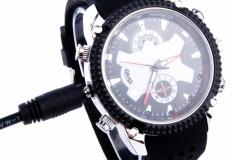 Ρολόι με IR δίοδους και ανιχνευτή κίνησης