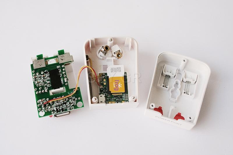 GSM Συσκευή Παρακολούθησης σε κλασικό προσαρμογέα