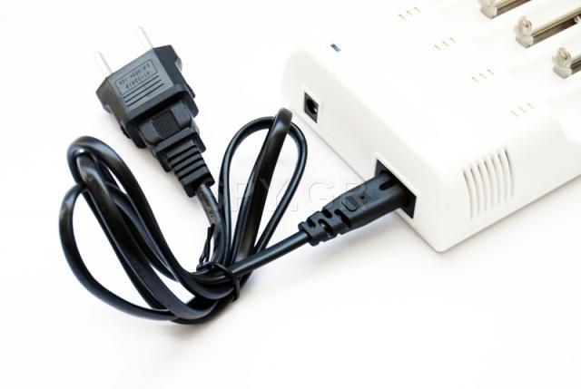 Συσκεύη επαναφόρτισης - 4 μπαταρίες